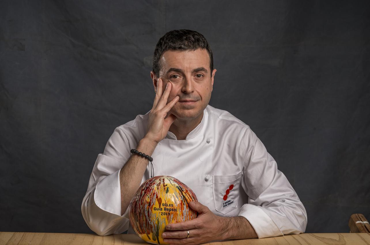 Ricard Camarena con sus tres soles por Ricard Camarena Restaurant concedido en el 2019