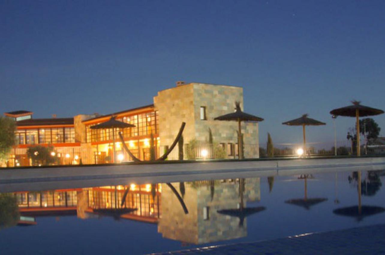 Mar de Olivos - Hotel Villa Nazules