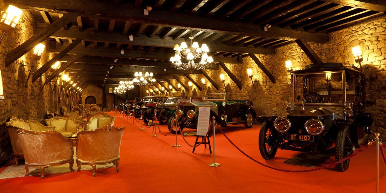 Museo de Coches Antiguos y Clásicos (Torre Loizaga)