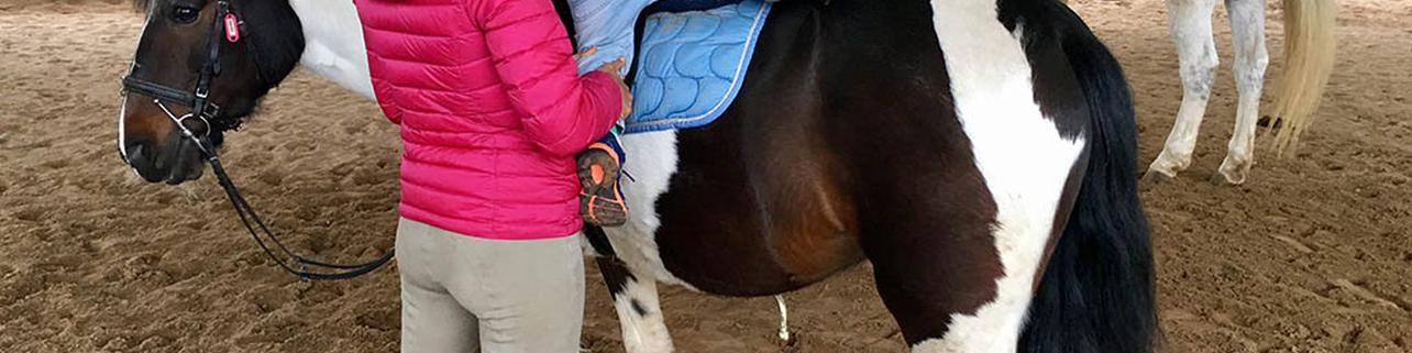 Paseo a caballo por el castillo de Butrón
