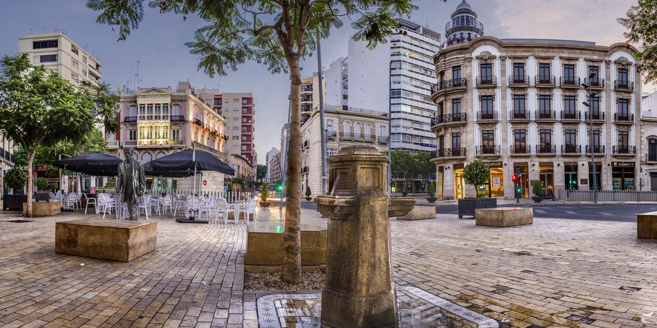 Puerta de Purchena y Paseo de Almería | Guía Repsol