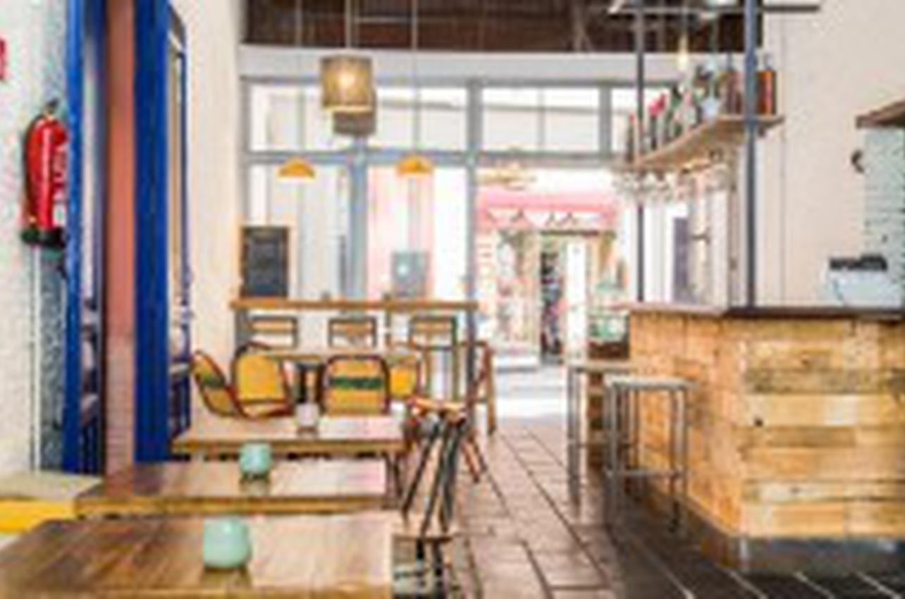 Almazen Café