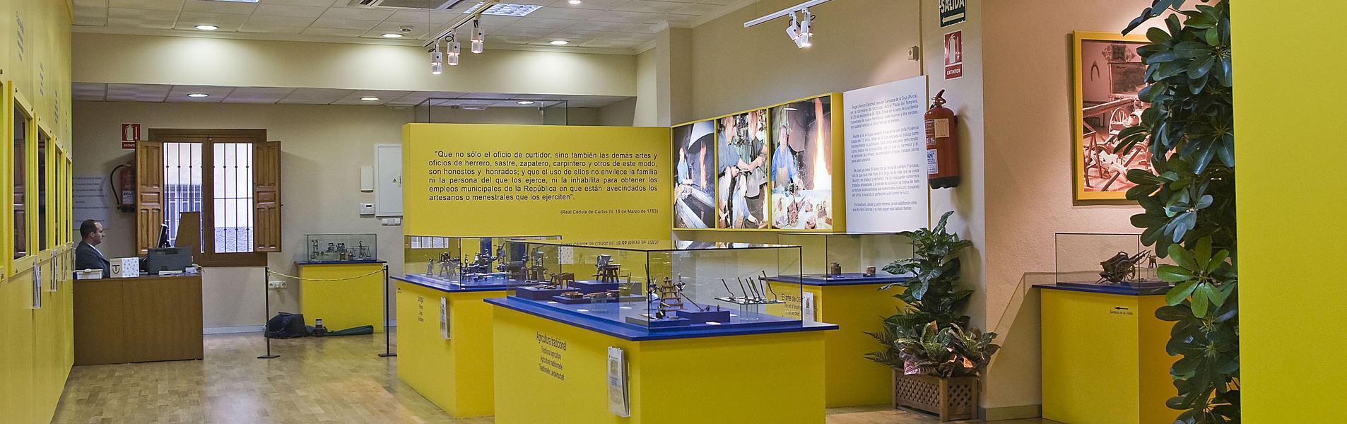Museo Etnográfico en miniatura Ángel Reinón