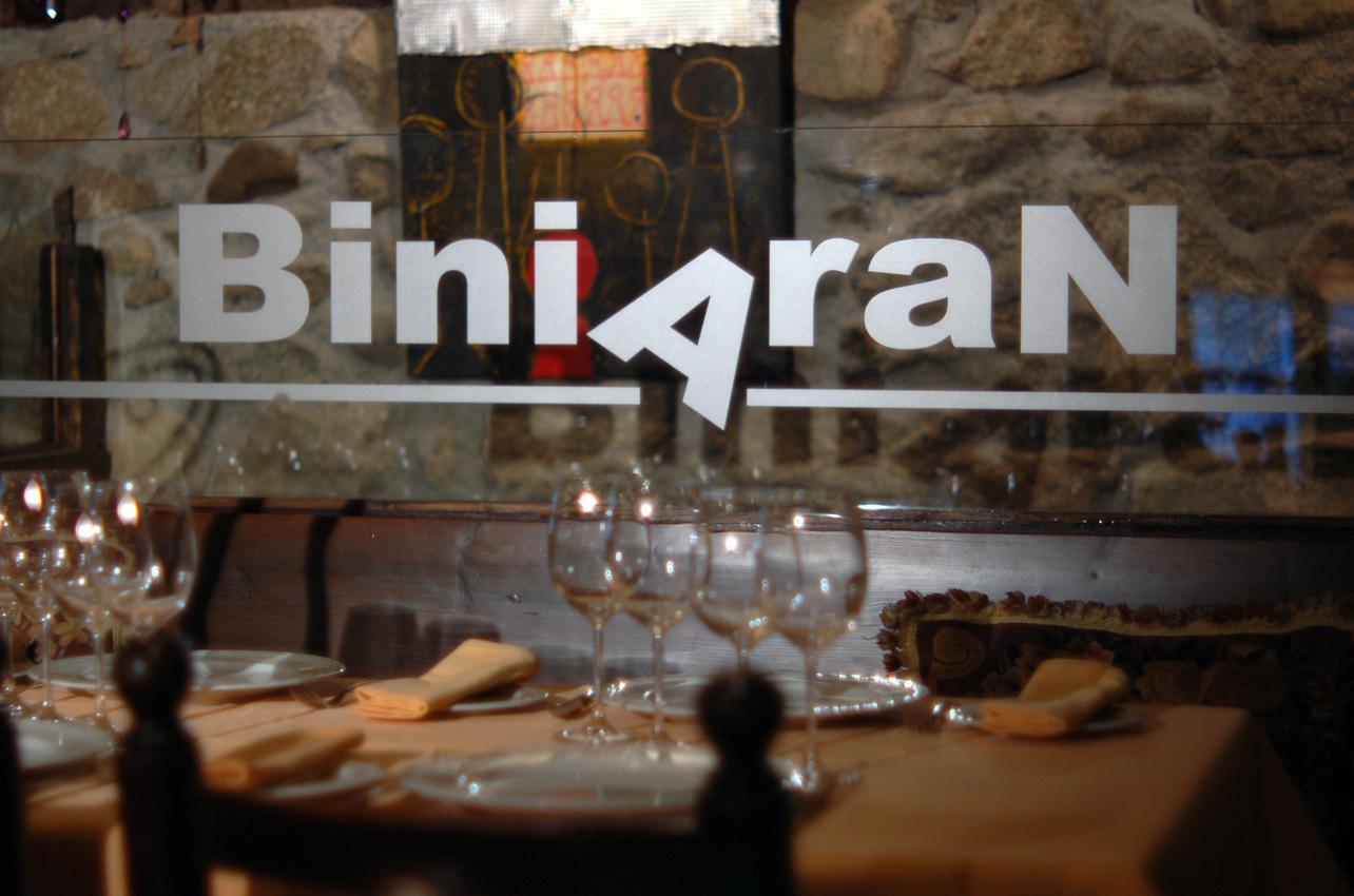 Biniarán