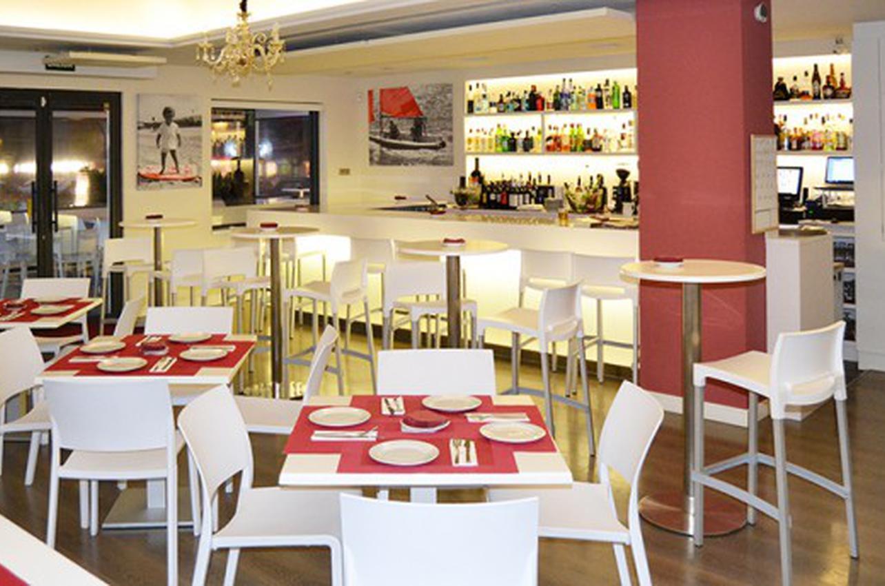 Anel Tapas & Lounge Bar