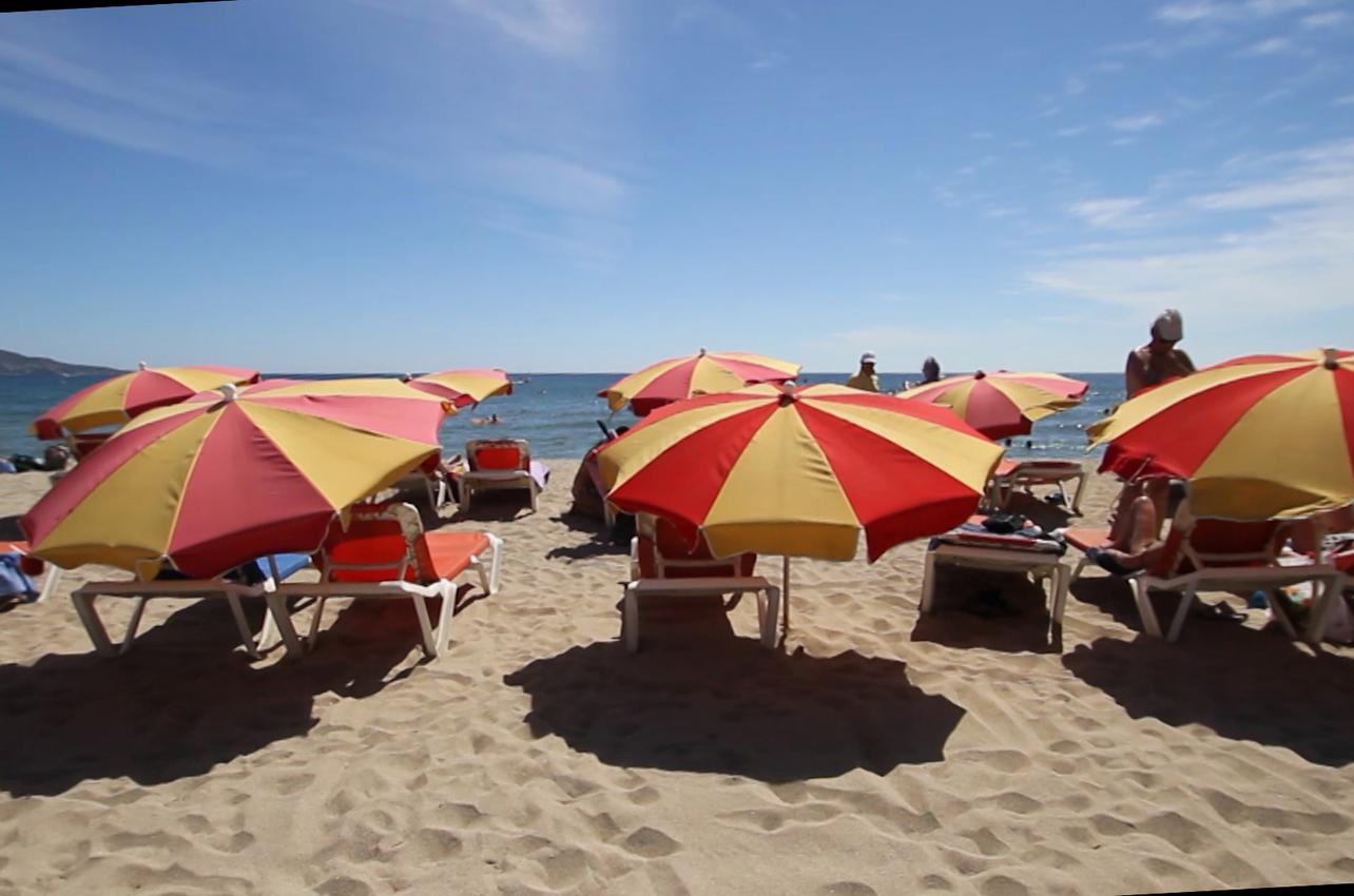 Imagen de la playa de Can Comes.