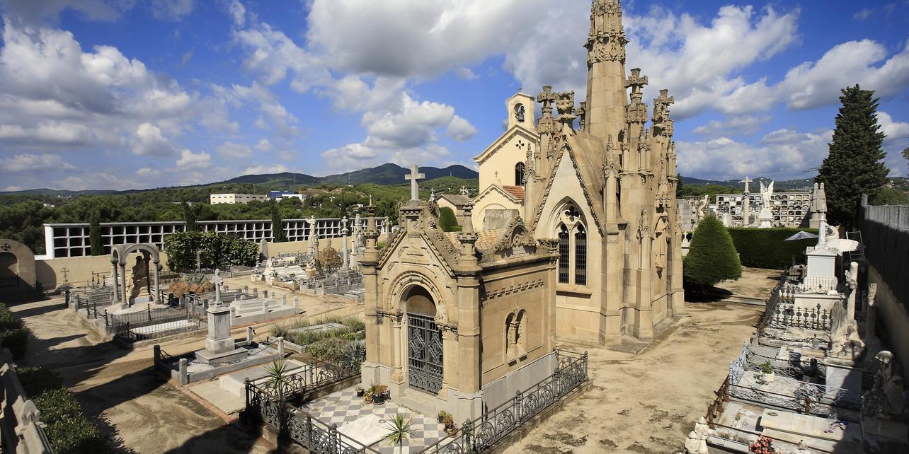 Cementerio de Arenys de Mar   Guía Repsol