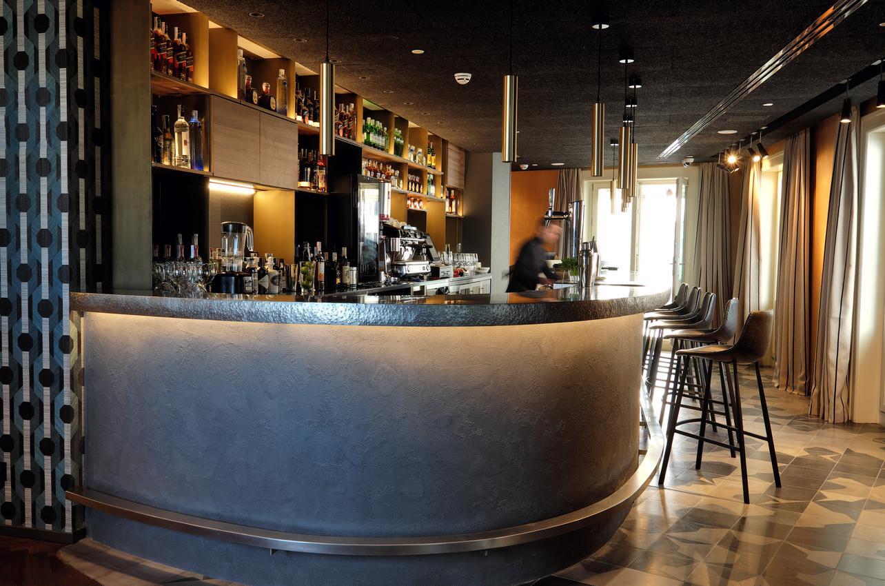 Picalagartos (Sky Bar)