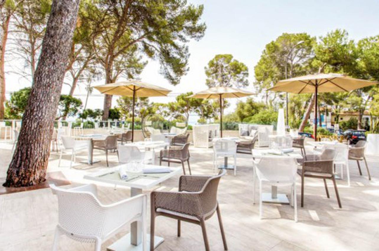 Melassa Restaurant & Lounge Alcanada - SOM Hotels
