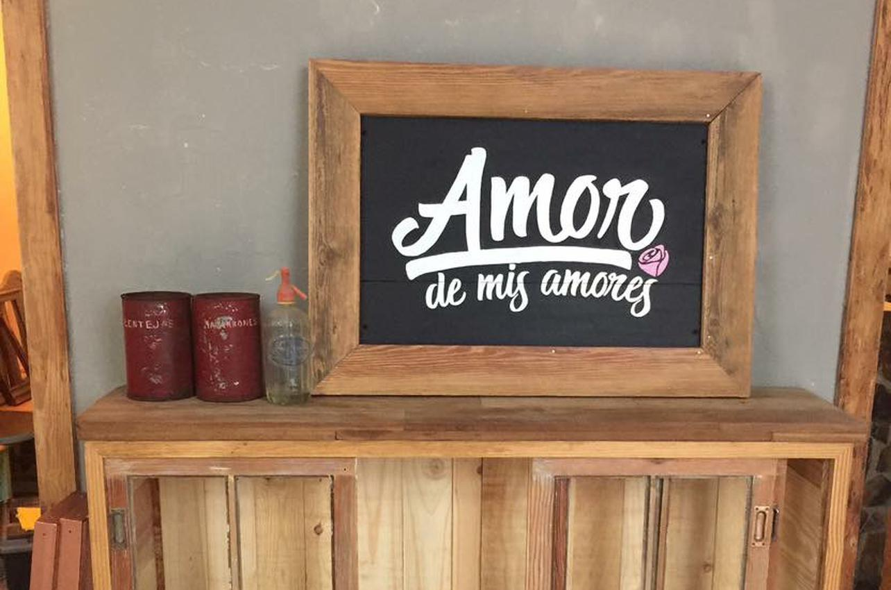 Amor de mis Amores