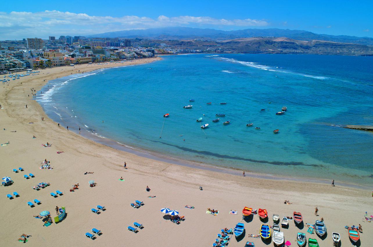 Playa de las Canteras. (Foto: ©LPAvisit.)