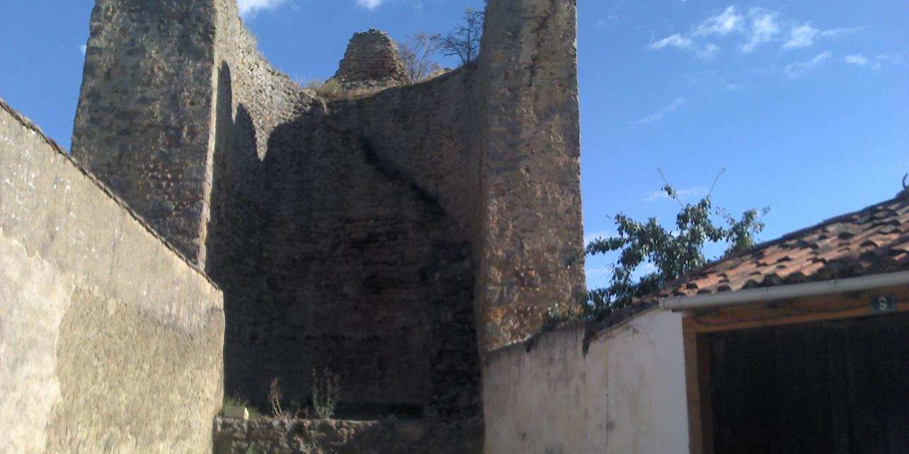 Muralla de Mansilla