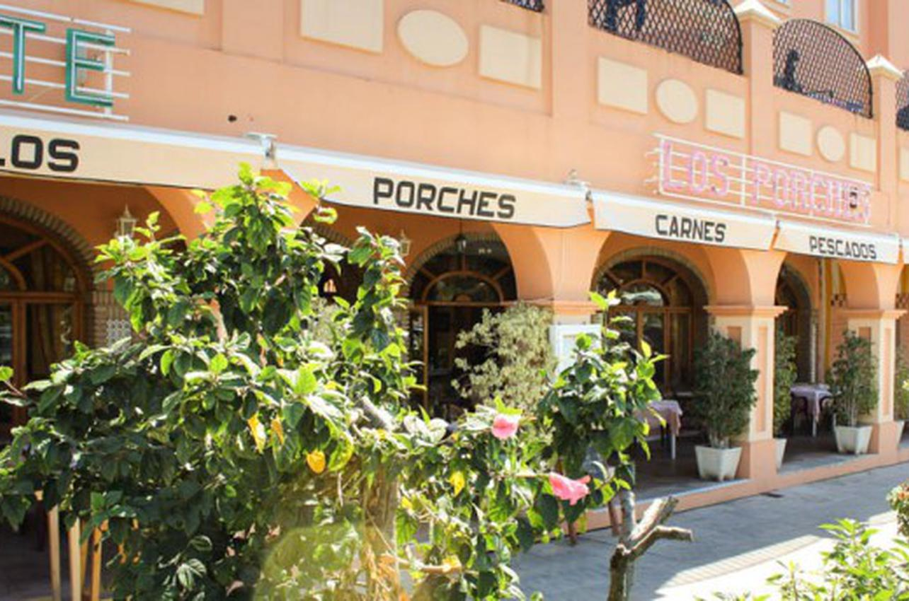 Los Porches