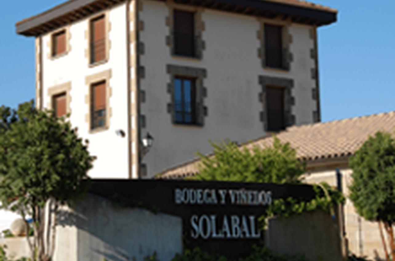Bodega y Viñedos Solabal
