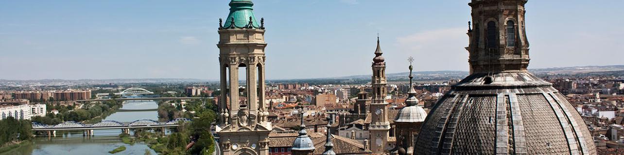 El 'skyline' de Zaragoza desde la Basílica del Pilar