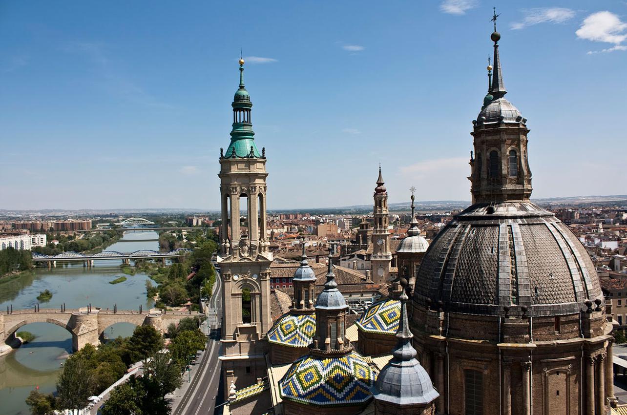 Vista de los puentes y de la ciudad desde la torre. Foto: Raquel Jiménez
