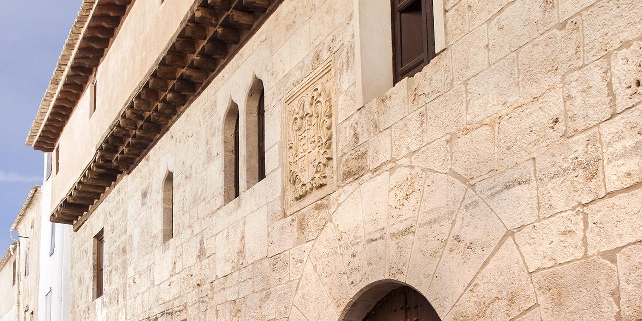 Palacio del Cid / Museo del Vino