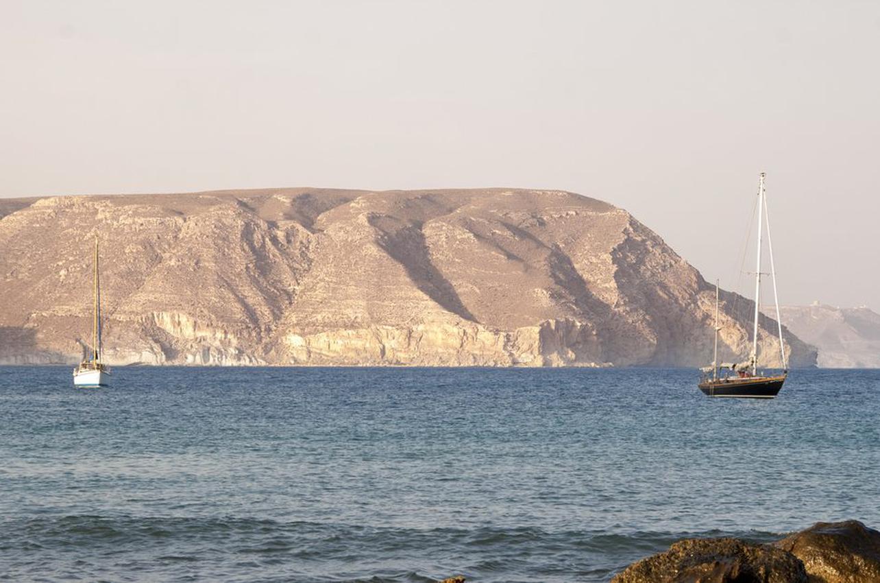¡A toda vela por el Cabo de Gata! Foto: shutterstock