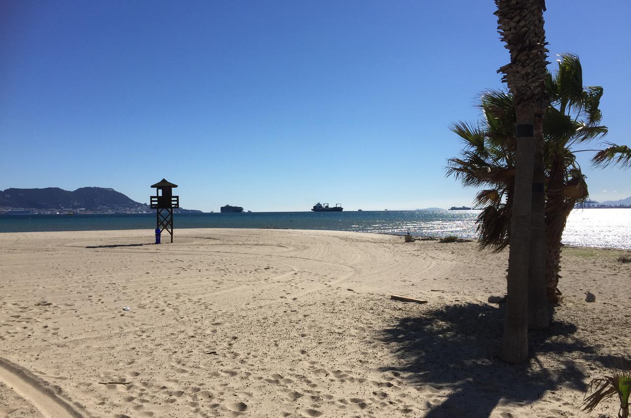 Playa Palmones. Imagen cedida por la Oficina de Turismo de Los Barrios