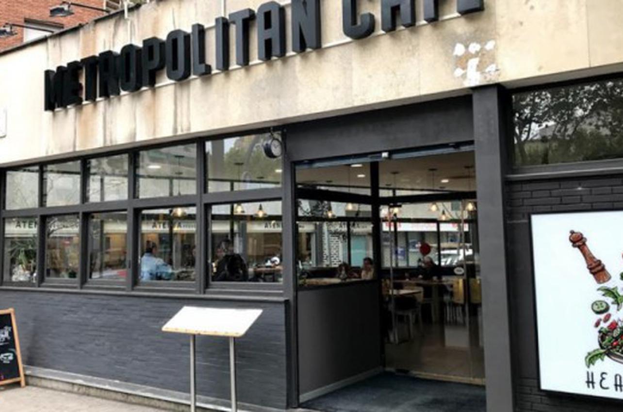 Metropolitan Café - Paral·lel