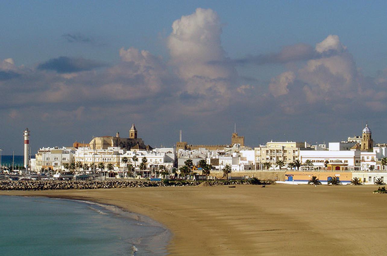 Playa del Chorrillo. Rota. (Foto: Ayuntamiento de Rota.)